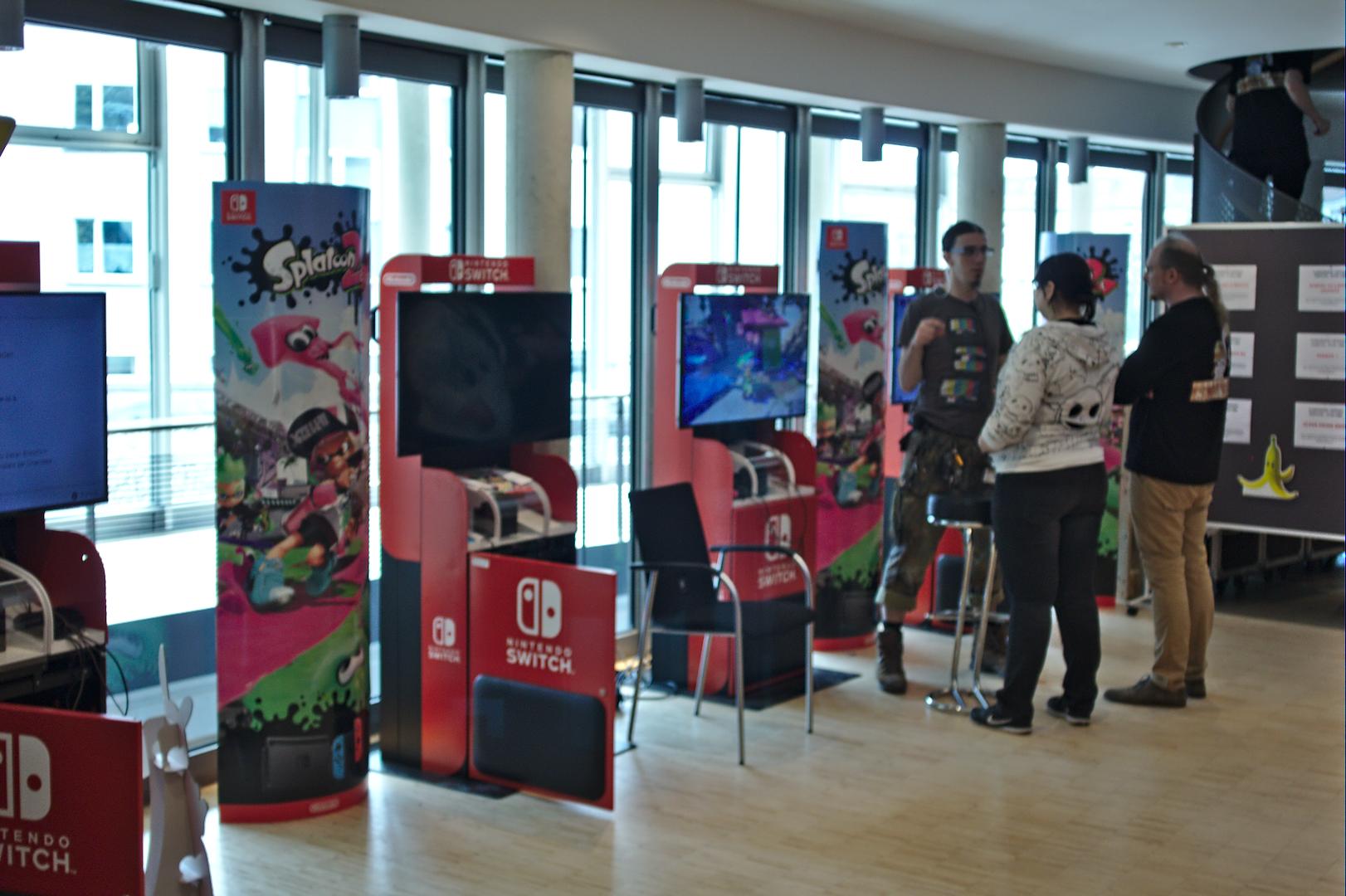 Gamesroom S*Vv*A*M*P Game Station